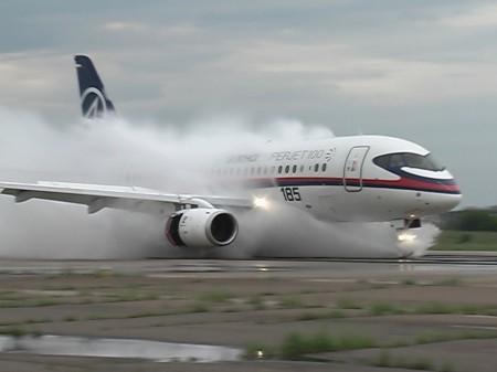 Sukhpi Superjet 100