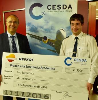 Entrega premio mejor alumno Cesda