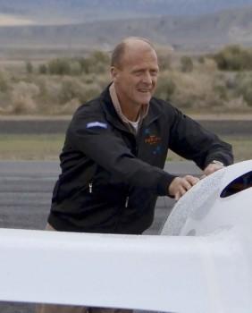 Tom Enders, CEO de Airbus Group, de 57 años, seguirá siendo la cabeza visible de la compañía hasta 2019