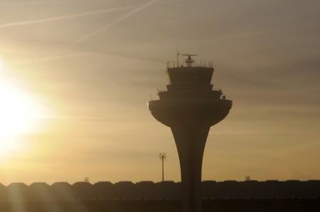 Torre de control del aeropuerto Madrid Barajas