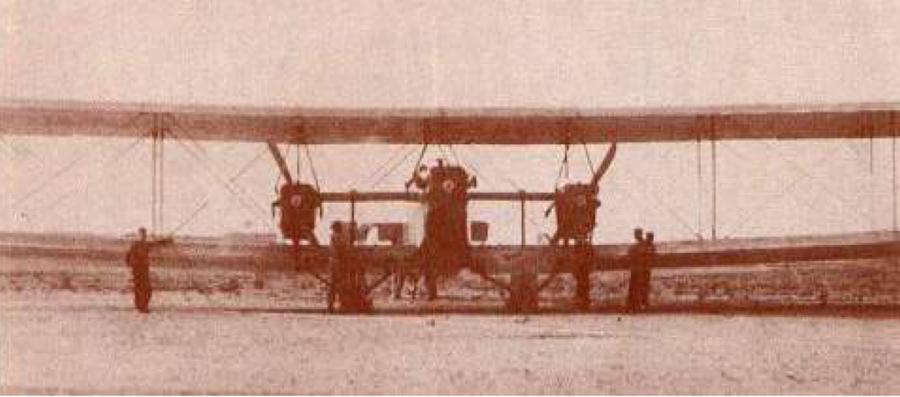 El trimotor C3, un fracaso que le llevó a estudiar un aeroplano más seguro.